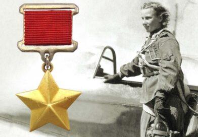 """White Rose Of Stalingrad, Lidya """"Lilya"""" Litvyak: Kisah Epik Pilot Tempur Wanita Terbaik Russia Dalam Perang Dunia II"""